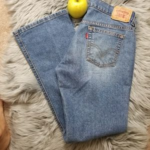 LEVI'S SIZE 6M BOOT CUT STRAIGHT